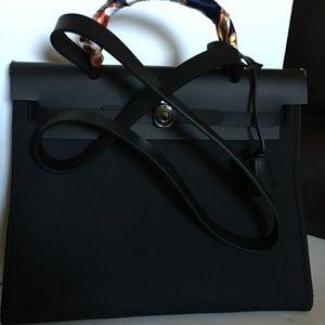 Handbags - Black Purse Handbag